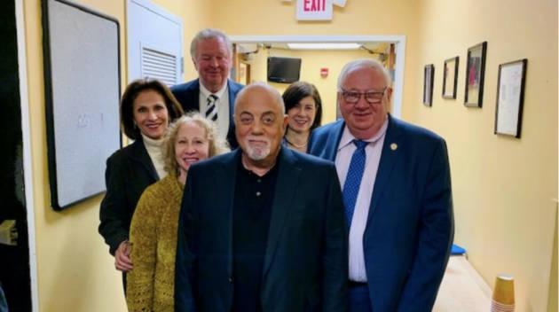 Billy Joel visits LIHSA